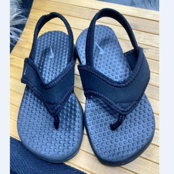 nike slippers blue and black